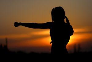 La self défense : un outil concret pour gagner de l'assurance