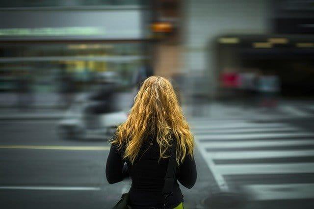 Se défendre dans la rue : faire respecter son espace vital